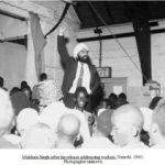 Makhan Singh kiniya addresing to worker